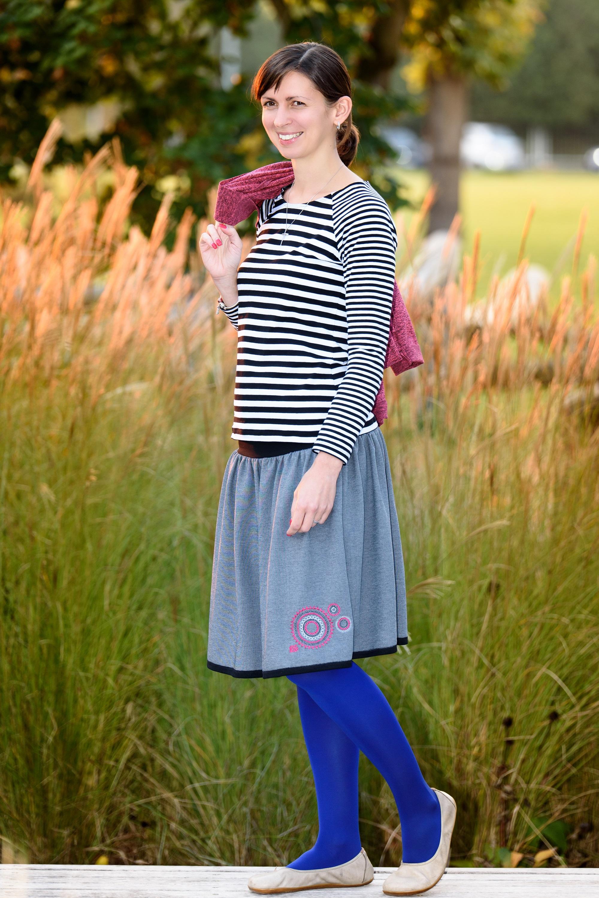d876a3cc9c03 dámská kolová sukně z lehkého materiálu